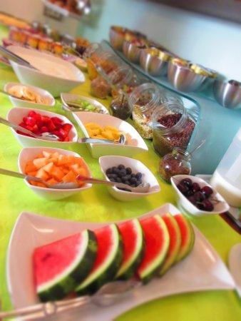 Garni Astrid : buffet colazione