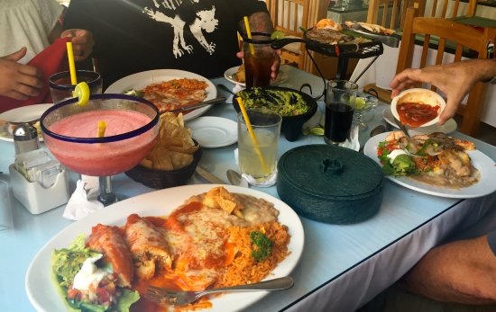 Pipi's: Super tasty food and large drinks