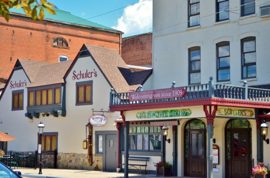 Marshall, MI: Shuler's