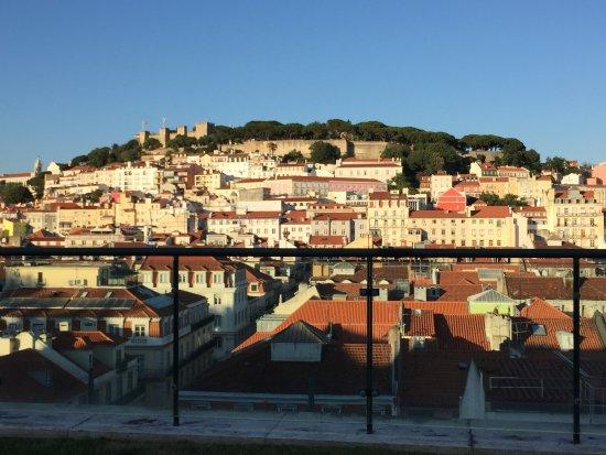 Hotel do Chiado : Morning view of Lisbon