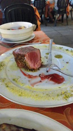 La Conchiglia: Filetto di tonno mit köstlicher Kruste