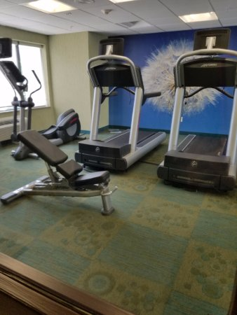 SpringHill Suites St. Petersburg Clearwater: Exercise room on premises