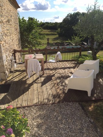 Chartreuse Le Cariol: The private terrace outside the Garden Room.