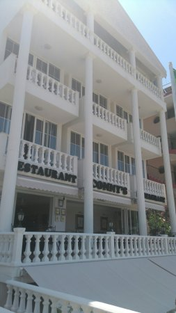 Conny's Hotel: DSC_2481_large.jpg