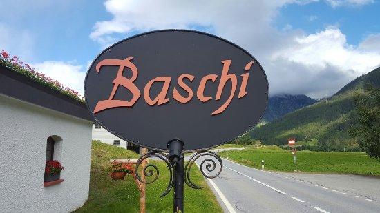 Munster, Suíça: Baschi Furkastrasse