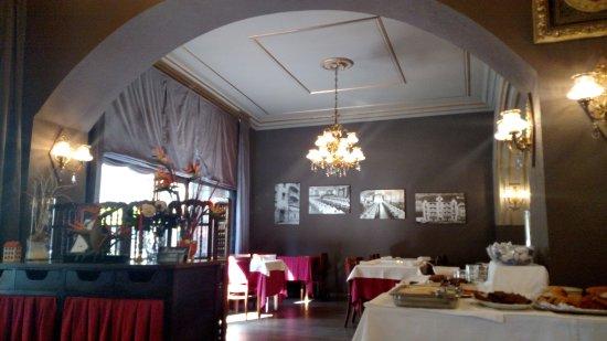 Hotel Pyrenees: Café da manha