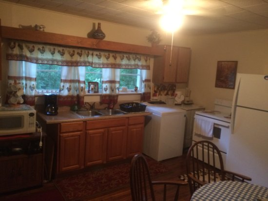 Hayesville, Kuzey Carolina: Kitchen view