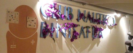 Club Nautico Binisafua: Otra noche, regresando a mi restaurante  favorito en Menorca, de gustando un Rodaballo exquisito