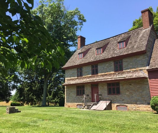 West Chester, Pensilvania: Brinton 1704 House, a National Historic Landmark