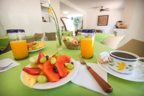 Hotel los Girasoles Cancun: Desayuno