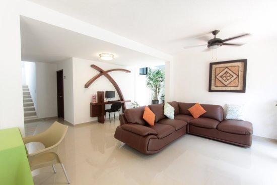 Hotel los Girasoles Cancun: Lobby
