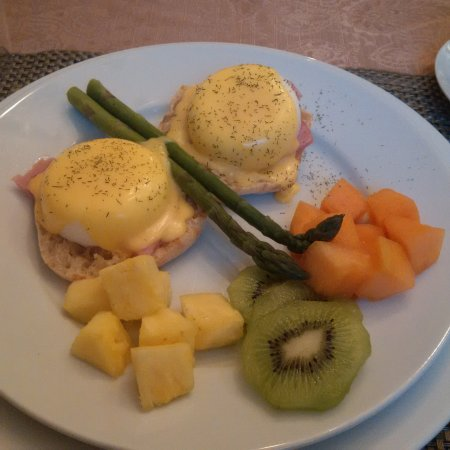 Benner's Bed & Breakfast: Gourmet breakfasts