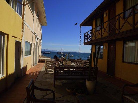 Nomad Buzios Seashore Hostel: Pasillo Interno del hostel