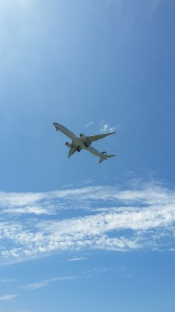Ρίτσμοντ, Καναδάς: Airplane flying overhead - landing at YVR