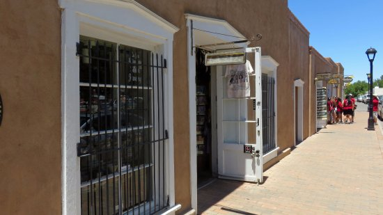 Mesilla, NM: West side of square