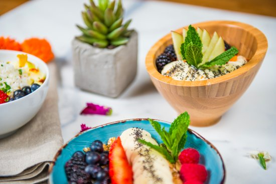 heathy and delicious picture of farm craft scottsdale