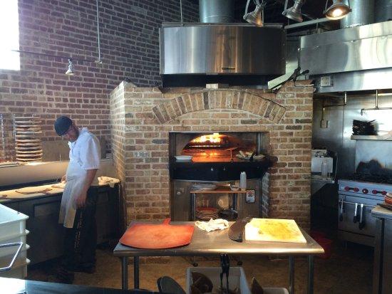 Tony's Brick Oven Pizzeria: photo0.jpg