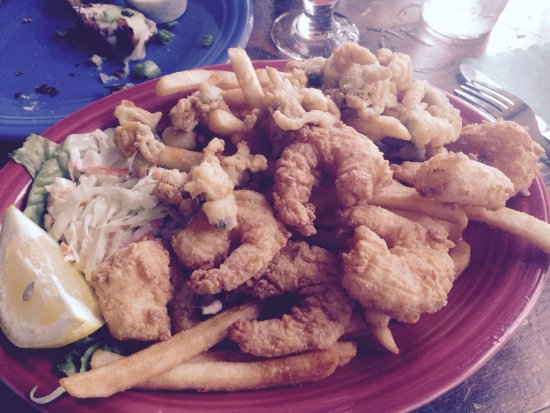 West Dennis, Массачусетс: Yummy fish fry and apps