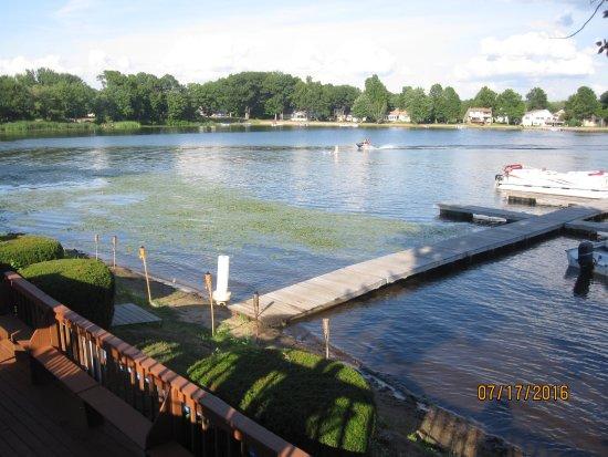 Southwick, MA: Lake view