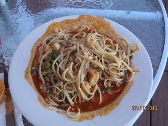 Southwick, แมสซาชูเซตส์: Cajun spicy seafood pasta