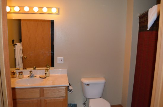 Saint Germain, WI: Master bath