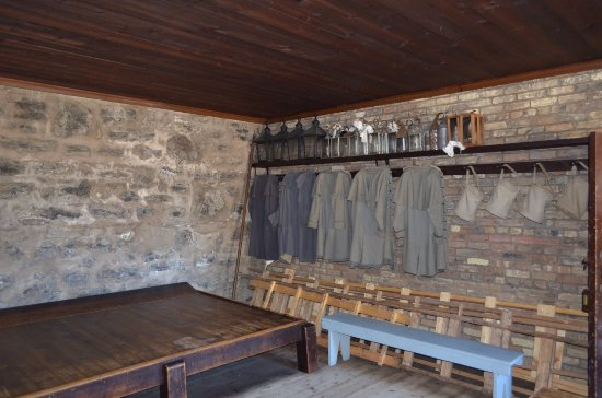 Fort Erie, Canadá: One on few well restored soldier's rooms