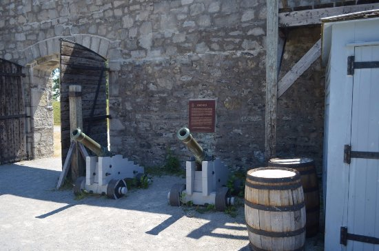 Fort Erie, Canadá: smaller cannons