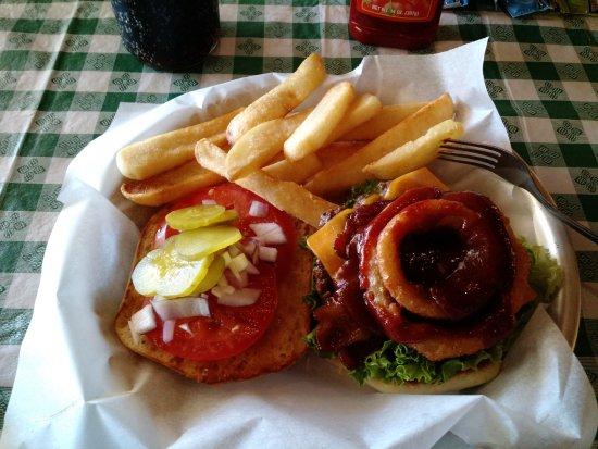 Пич-Спрингс, Аризона: Southwest Bacon CheeseBurger