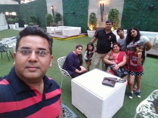 Hilton Garden Inn Gurgaon Baani Square India: IMG_20160702_191955_large.jpg