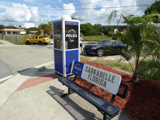 Carrabelle, FL: Erg klein dus