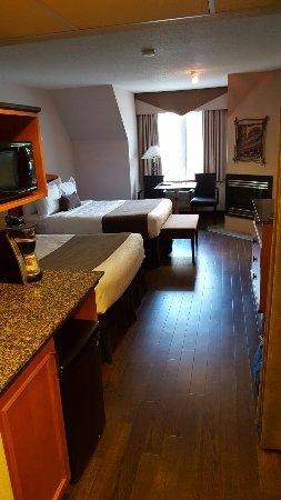 BEST WESTERN Pocaterra Inn: 20160718_180804_large.jpg