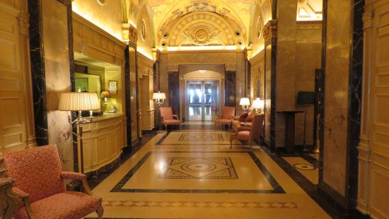 The Sherry-Netherland Hotel: Entrance to the experience of a lifetime!!!!