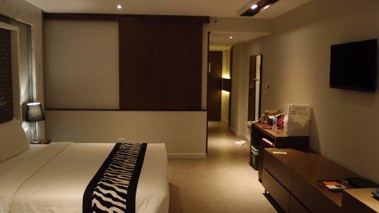 파타야 비치 soi5의 신축호텔