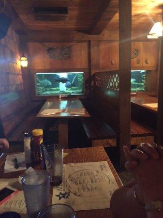 Grafton, IL: Tank at a Table