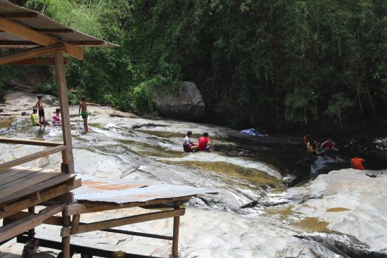 Pailin, Cambodia: Welcome freshment in hot days