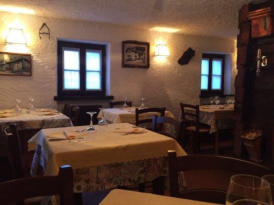 Madesimo, Italia: sala