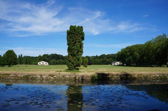 Richelieu, Prancis: ce qu'il reste du château : les caves et l'orangeraie
