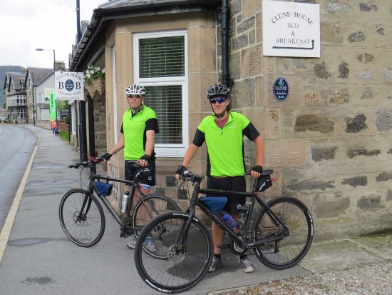 Clune House: Charity Cycle Ride JOG to Lands End