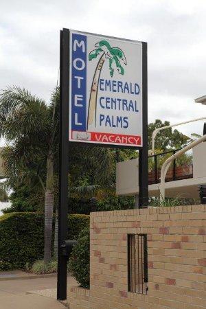 Emerald Central Palms Motel