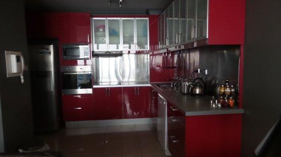 Carrington Apartments: Full kitchen equipments
