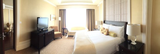 Four Seasons Hotel Macau, Cotai Strip: photo4.jpg
