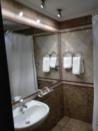 Centrotel Hotel: IMG_20160715_112518_large.jpg
