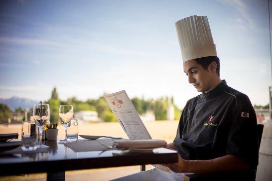 Saint Sulpice, Suiza: Le Chef