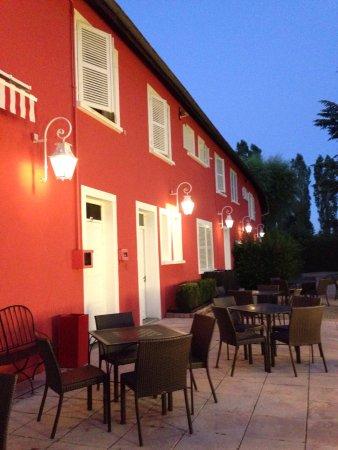 Romaneche-Thorins, Francia: Les Maritonnes