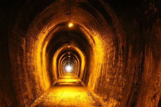 Waihi, Nueva Zelanda: The old rail tunnel