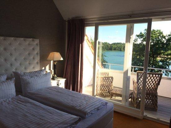 seehotel lichtenberg bewertungen fotos preisvergleich feldberger seenlandschaft. Black Bedroom Furniture Sets. Home Design Ideas