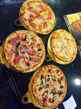 Martinez Pizza & Pasta