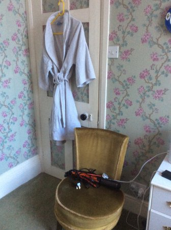 Stoke Canon, UK: Bathrobe grey and stiff as a board