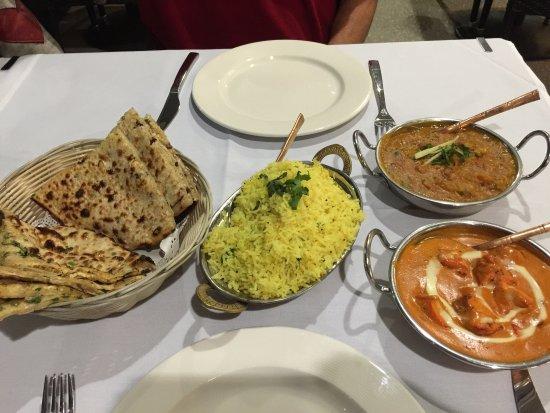 Randhawa's Indian Cuisine لوحة
