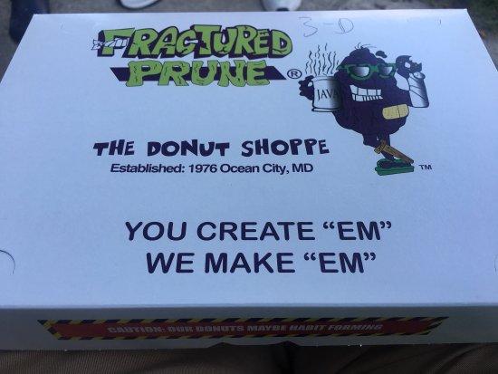 Fractured Prune Ocean : Amazing donuts!